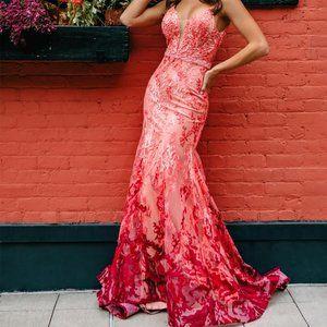 NWOT Mac Duggal Mermaid Maxi Coral Gown
